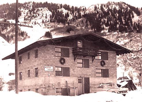 1954mntchalet493