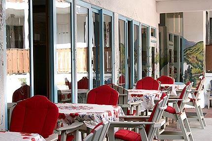Above: Winter breakfast sample; Below: Summer breakfast seating near the outdoor pool