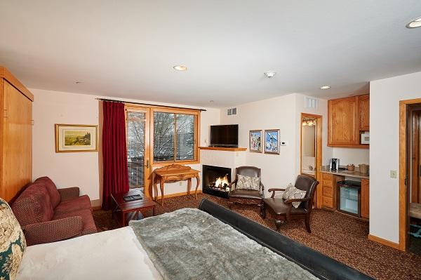 Mountain Chalet Aspen Chamonix Room Sitting Area