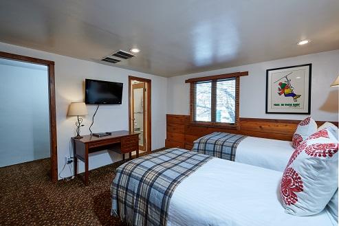Mountain Chalet Aspen Economy Room